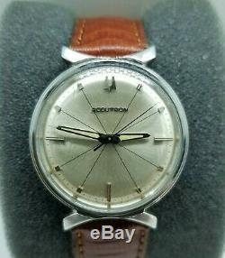 Bulova Accutron Tuning Fork 214 Bow Tie M5 S. Steel Champagne Pie Pan Dial Clean