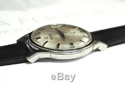 OMEGA CONSTELLATION PIE PAN DIAL AUTOMATIC MEN'S WATCH 100% Authentic CF5567 CR2