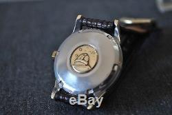 Original Mens Omega Constellation Pie Pan Black Dial Cross Hair Watch