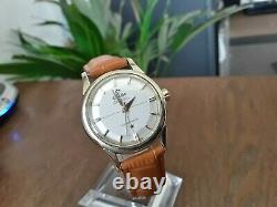 Stunning Vintage Omega Constellation Pie pan Chronometer, Auto 24 Jewels Cali 551
