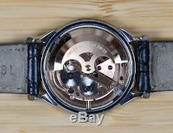 Vintage OMEGA Constellation Pie Pan Cross-Hair Stainless Steel 14900 Watch